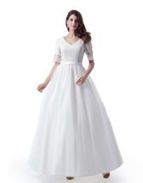 Faldas de longitud modesta online-Vestidos de novia modestos de una línea de  tul de fd9bb1d16813