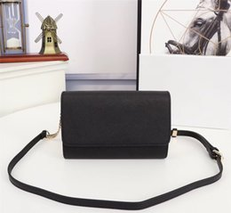 wholes bags NZ - 2019 explosion shoulder bags, the whole body is made of cross-grain leather, with adjustable long shoulder strap, the lining is dedicated,st