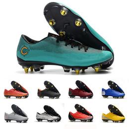 Toptan satış CR7 Futbol Ayakkabıları Mundial Deri CR Futbol İndirimi 7 Futbol Cleats Dünya Kupası Futbol Boots Boyut 39-45 Siyah Beyaz Turuncu botines futbol