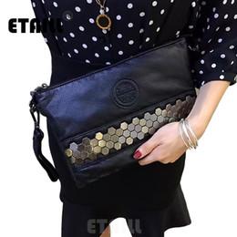 $enCountryForm.capitalKeyWord Australia - Rock Stud American Fashion Style Women Punk Rivet Evening Bag Ladies Black Real Cow Leather Studs Clutch Handbag Rivet Evnelope #564453