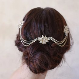 $enCountryForm.capitalKeyWord Australia - Brand New 2019 New Style Wedding Bride Bridal Rhinestones Flowers Hair Accessories Headpiece Comb Tiaras Prom Handmade Jewelry Headbands