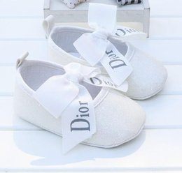 Discount children christmas shoe HOT New Kids Sport Babies Casual Shoes Children Sneakers   First Walkers Non-slip Toddler soft bottom baby Boys Girls sh