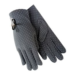 $enCountryForm.capitalKeyWord UK - 1Pair New Fashion Elegant Female Wool Touch Screen Gloves Winter Women Warm Full Finger Leather Bow Dotted embroidery Gloves