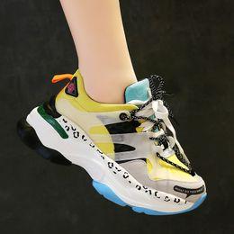 2ssNew Sapatos Vulcanizados dos homens Da Mulher Respirável Rodada Tênis Mulheres Lace Up Sapatos de Plataforma Casuais Senhoras Primavera Tênis venda por atacado