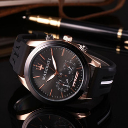 Wholesale 2019 New Fashion High Quality Mens Sports Watches Big Dials Silicone Band Man Casual Quartz Wristwatch Relogio El Reloj Luxury Watches