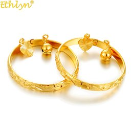 Gold plated kids jewelry sets online shopping - Ethlyn Gold Color Bangle for Girls Baby Kids Charm Gypsophila Bracelet Bells Heart Jewelry Child Christmas Gifts B132