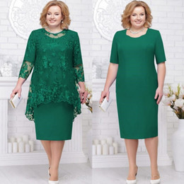wedding guest dresses jackets NZ - Hunter Green Plus Size Mother of the Bride Groom Dresses with Lace Jacket 2019 Jewel Neck Tea-length Wedding Guest Party Dress
