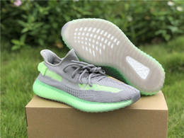 lightweight basketball shoes Canada - Hot Sale Grey Glow Man Athletic Designer Shoes Lightweight Kanye West Gray Green Woman Sneakers Good Quality Come With Box