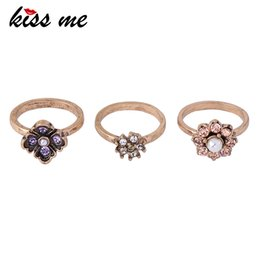 $enCountryForm.capitalKeyWord Australia - 3 Pcs set Crystal Flower Rings For Women Antique Gold Color Alloy Vintage Finger Ring Costume