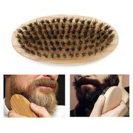 Barba cepillo cerdas de jabalí de pelo duro y redondo mango de madera antiestático jabalí Peine de peluquería herramienta para los hombres barba recortada personalizable DBC VT0669 en venta