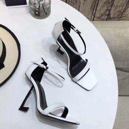 b13d497139 2018 new arrival moda feminina sandálias de salto alto de couro camurça  macia sapatos casuais preto sandália senhora ao ar livre saltos tamanho  grande 41 40 ...
