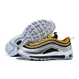 $enCountryForm.capitalKeyWord Australia - New designer metal bag men's running shoes best quality outdoor sports shoes high quality explosions direct sales breathable comfort