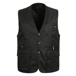 Wholesale black cotton men casual vest for sale – custom Classic Thin Sleeveless Men Jacket With Many Pockets Summer Casual Photographer Reporter Multi Pocket Vest For Male Waistcoat