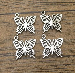 apple charms bracelet Canada - Tibetan Silver Butterfly Charms 40PCS Lot 19*20mm Moth Pendants Charm Bracelet Creative Jewelry Accessories-WY1140