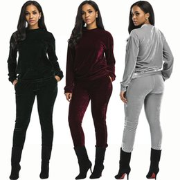 Chinese  Best Quality Velvet Sexy Two Piece Tracksuit For Women Solid Color Long Sleeve Top And Bodycon Pant Winter O Neck Set manufacturers