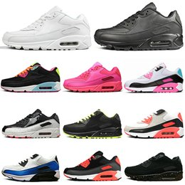 Discount mesh lace up beach shoe - 90 running shoes men women Triple Black White black croc infrared Neon Orange Blue South Beach mens trainers Sports Snea