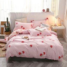 $enCountryForm.capitalKeyWord Australia - Hot Sale Home Textile Bedding Set Duvet Cover Flat Sheet Pillowcase Simple Style Family Full King Queen Super King Size