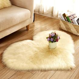 $enCountryForm.capitalKeyWord NZ - New Heart Shape Carpet 17 Color Plush Imitation Wool Pure Color Mat Chamois Sexy Decoration Bed Room Carpet