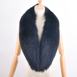 China Fashion Genuine 100cm Big Fox Fur Collar Raccoon Fur Muffler Real Scarf Accessory Women Wrap Wholesale Retail Free Shipping cheap raccoon fox scarf suppliers