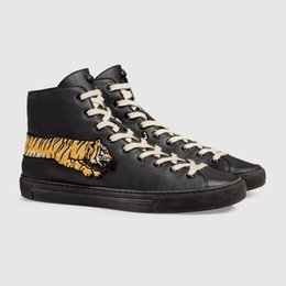 $enCountryForm.capitalKeyWord UK - 449991 Leather High-top Sneaker With Bee Blooms Snake Dragon Tiger Head Feline Shoes Mens Women Top Fashion Shoes Sneakers