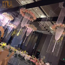 Wholesale use for hangging only New style Flowers Vases Candle Holders Road Lead Table Centerpiece Metal Gold Stand Pillar Candlestick For Wedding00
