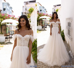 Vintage style wedding dresses plus size online shopping - 2020 Modest A Line Off The Shoulder Wedding Dresses Soft Tulle Sweep Train Chic Outdoor Style Boho Bridal Gown Custom Made Hot Sale