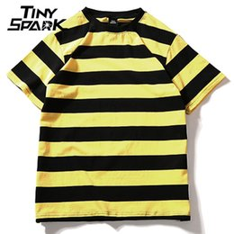 Black Hip Hop Tee Top Australia - Yellow Black Red White Striped T-shirt Cotton Vintage Hip Hop Harajuku Tops Tee Men Women Striped Tshirt Streetwear Short Sleeve Y19042005