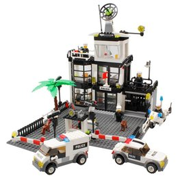 $enCountryForm.capitalKeyWord UK - 631Pcs City Police Station SWAT Car Building Blocks Sets Figures Friends Creator Bricks Compatible LegoINGLs Toys for children