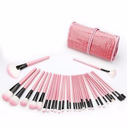 $enCountryForm.capitalKeyWord Australia - Zouyesan Free Shipping 2019 32 pink crocodile wrap makeup brush set makeup beauty tools