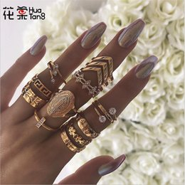 $enCountryForm.capitalKeyWord Australia - HuaTang Fashion Gold Color Carving Wave Crystal Rings Set for Women Alloy Geometric Knukle Ring Party Jewelry Anillo A20204