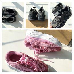 $enCountryForm.capitalKeyWord Australia - Hot sale girls outdoor pink Walking Shoes kids gray Sports Shoes Unisex running shoes EU size 28-35 chaussures de course Enfant