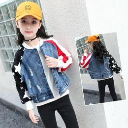 3434b8cec 2018 niños abrigos niños prendas de vestir exteriores Teenages niña abrigo  Denim manga larga otoño chaqueta para niñas Toddler Jeans 6-15 T rasgado