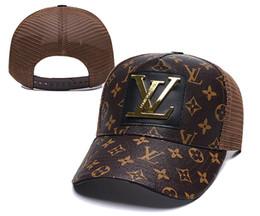 Großhandel Top qualität Luxus Frauen Männer Markendesigner Sommer Stil Casual Cap Beliebte Paare Mesh Baseball Cap Avantgarde Patchwork Mode Hüte
