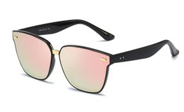$enCountryForm.capitalKeyWord Australia - 2019 Brand New Men's fashion sunglasses UV400 glass lens sun glasses three colors 1pcs lot drop shipping With box case vbt89