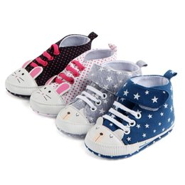 Baby Girls Polka Dot Shoes Australia - Classic Casual Baby Shoes First Walkers Autumn Winter Toddlerborn Polka Dots Baby Girls Boy Lace-Up Sneakers Shoes