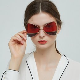 stylish sunglasses for men 2019 - Two-tone Personalized Delicate Butterfly Sunglasses Stylish Metal Border Lens AC Sun Glasses For Women Men 2019 okulary