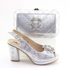 $enCountryForm.capitalKeyWord Australia - 2019 Fashion High Heels Italian Shoes and Bag set Wholesale Silver Color for Wedding Shoes and Matching Purse for Women Party