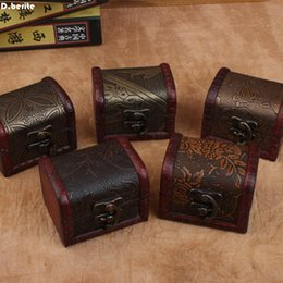 $enCountryForm.capitalKeyWord Australia - 1pc Zakka Small Vintage Trinket Boxes Wooden Jewelry Storage Box Treasure Chest Home Craft Decor Randomly Pattern