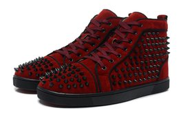 $enCountryForm.capitalKeyWord NZ - Cheap Flat Suede Leather Red Bottom Casual Shoes For Men Women Embellished Spikes Designer Sneakers 2016 Luxury mens leisure trainers