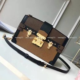 Mini clutch bags online shopping - New fashion women genuine leather reverse bag zipper trunk mini crossbody bags ladies clutch tote removable strap rivet epi shoulder bag