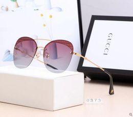 $enCountryForm.capitalKeyWord Australia - 2019 Luxury- High Quality Classic Pilot Sunglasses Designer Brand Mens Womens Sun Glasses Eyewear Metal Glass Lenses NO box