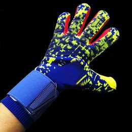 winter football gloves Canada - Free shipping Thickened football goalkeeper gloves soccer gloves- LATEX palm