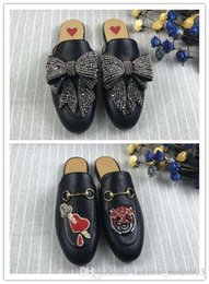 Designer Bow Flats Australia - Hot Selling arrow and Diamond bow Women Slippers Luxury Designer Fashion Genuine Leather Loafers Shoes Ladies Casual Mules Flats New