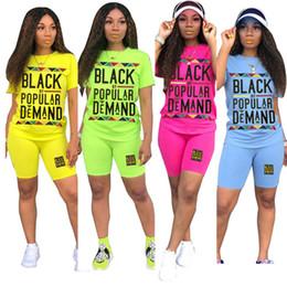 Vente en gros Mode féminine deux pièces Tenues Noir par une demande populaire d'été Shorts Ensembles t-shirt et shorts Survêtement Vêtements Mode Streetwear C72202