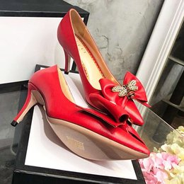 girls high heels pearls NZ - 2019 The new highquality womens leather shallow mouth Girls heels, fashion high heels professional wedding lowHee pearl inlaid enamel qy