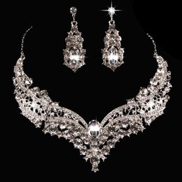Large copper earrings online shopping - Hot sale European and American bride alloy diamond large crystal necklace earrings set ornament bride wedding accessories