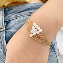 Wholesale Fashion metal bracelet jewelry imitation pearl bracelet female charm retro simple accessories holiday gift