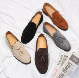 $enCountryForm.capitalKeyWord Australia - Designer luxury Men Brand loafers Suede Tassel Dress Shoes Oxfords Slip-On Breathable low heel Homecoming Party Christmas shoes 5 Color
