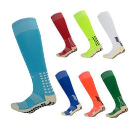 $enCountryForm.capitalKeyWord NZ - 16 Styles Outdoor Sports Anti-slip Basketball Socks Unisex Long Tube Sock High Knee Breathable Bicycle Football Camping Hiking Socks M110Y