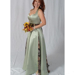 Plus Gowns Jackets Australia - Sexy A-line Halter Floor Length Camo Wedding Dresses 2017 With Jacket Bohemian Bridal Gowns New Plus Size Vestido de noiva